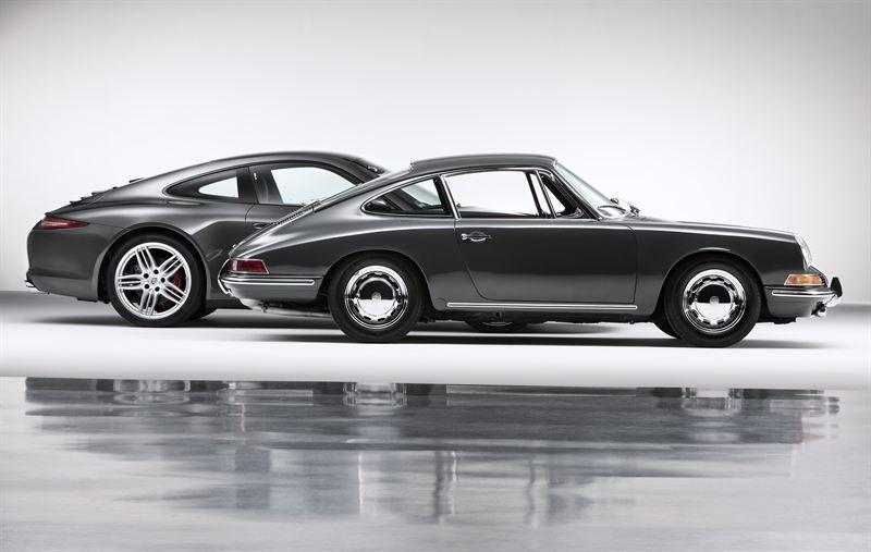 Det skiljer 50 år mellan den första och den senaste Porsche 911.